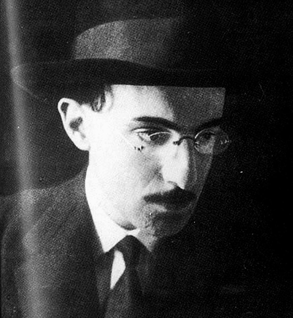Fernando Pessoa. 1914. La época de la revista Orpheu. El Copyright ha expirado.