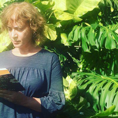 Atravesando jardines con Penelope Lively
